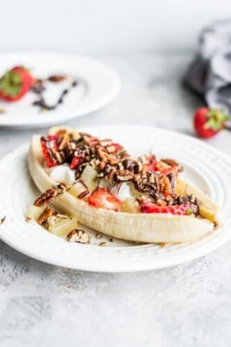 healthy-vegan-banana-split-running-on-real-food-4