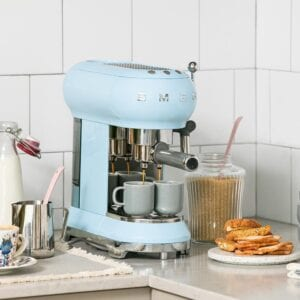 Coffee Machines & Milk Frothers